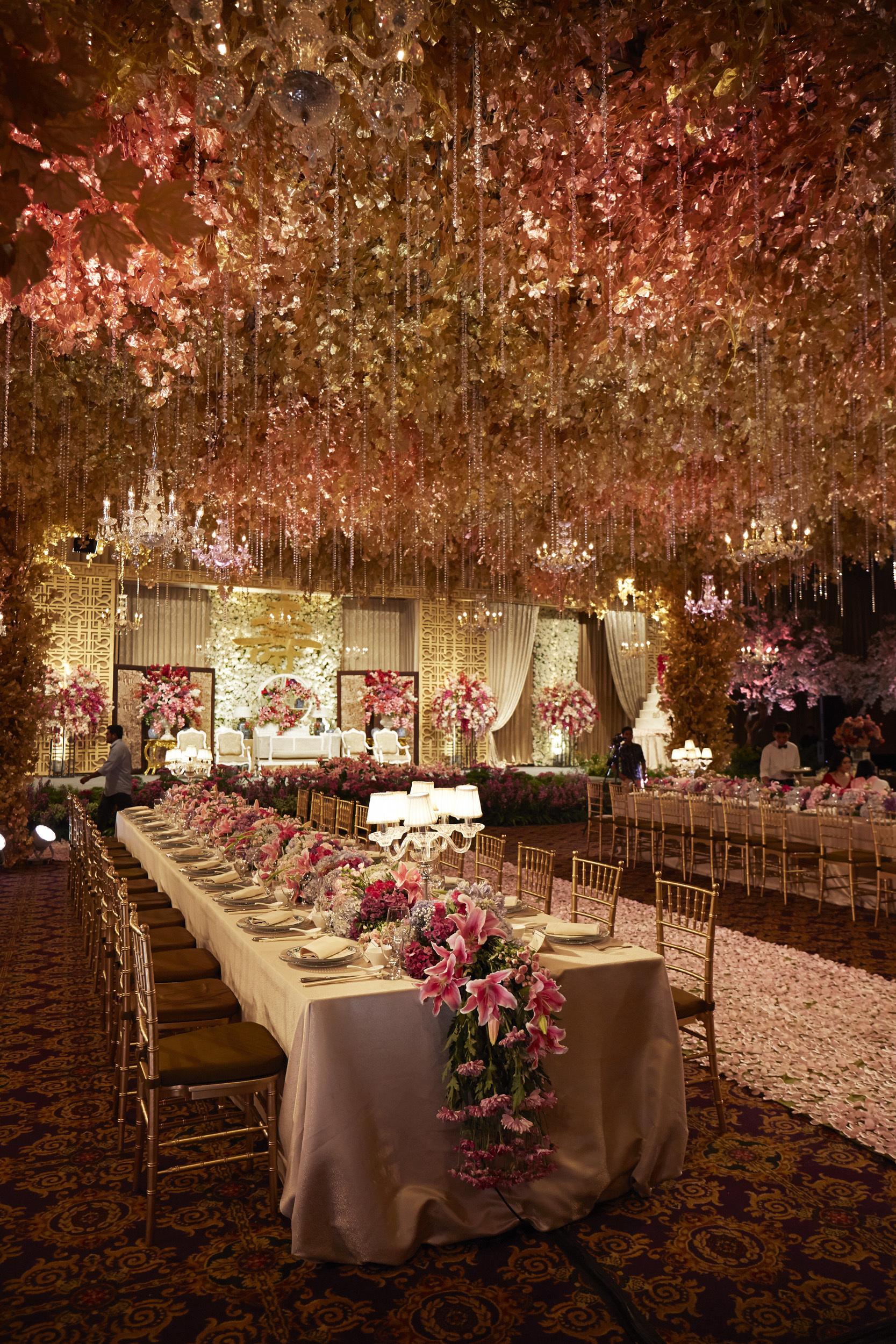 Steves decor wedding decoration lighting in surabaya steves decor wedding decoration lighting in surabaya bridestory junglespirit Image collections