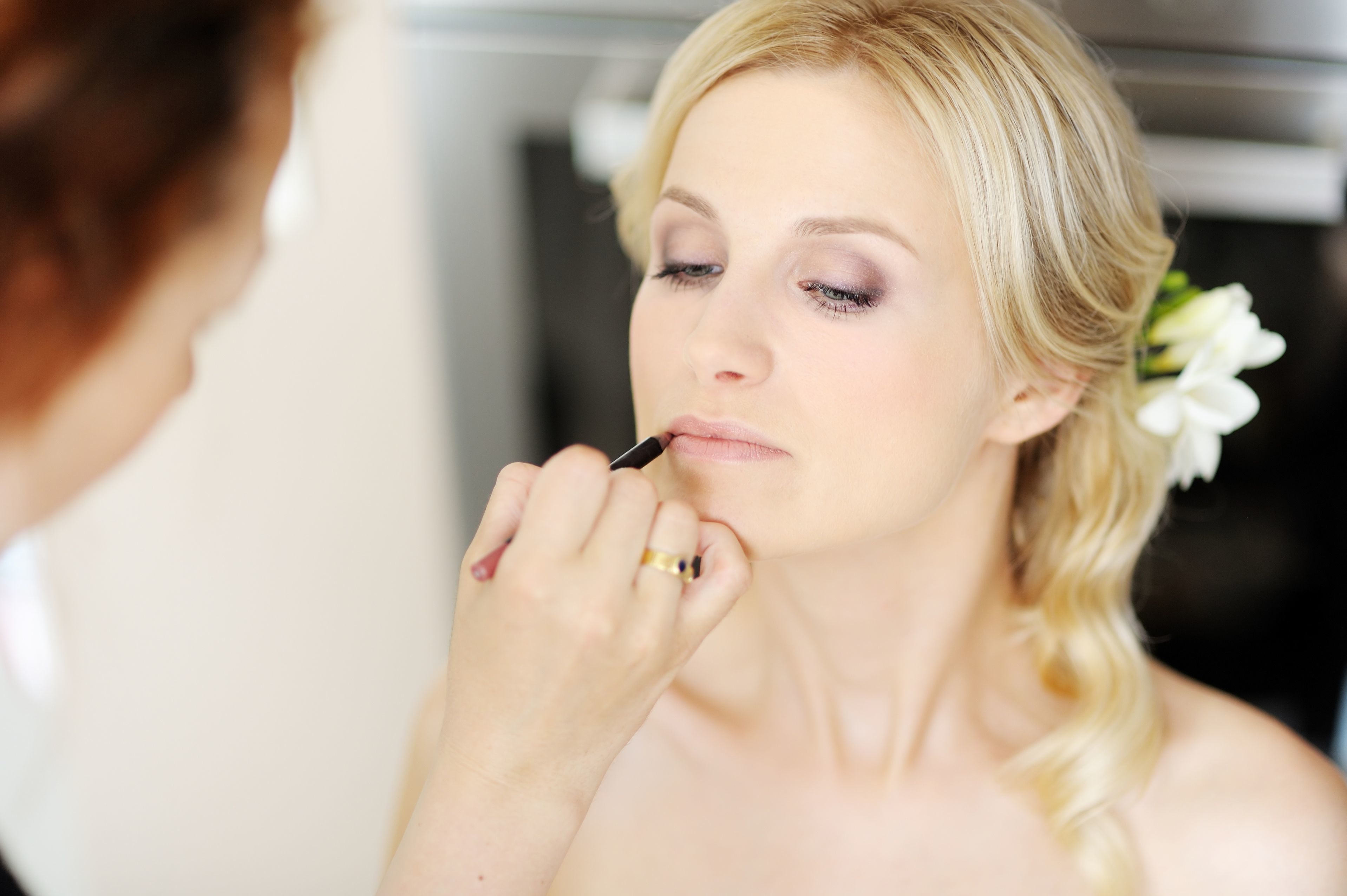 A Head-to-Toe Guide to Bridal Beauty Image 4