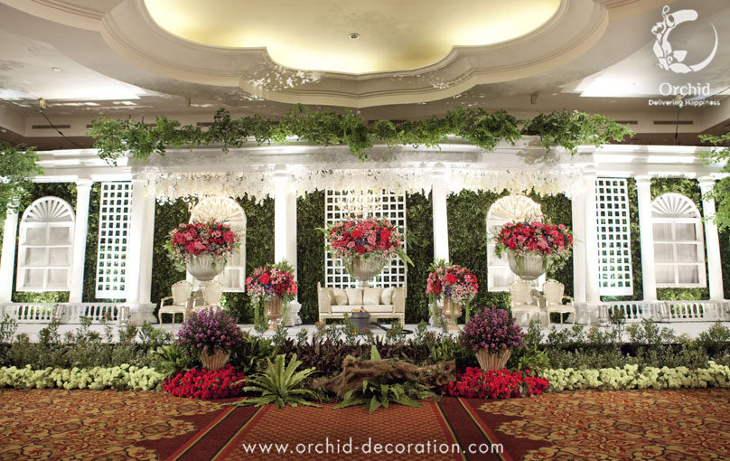 Life Began In A Garden By Orchid Florist And Decoration Bridestory Com