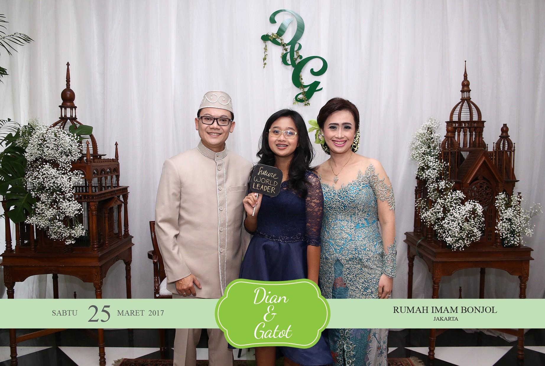 Denada wedding