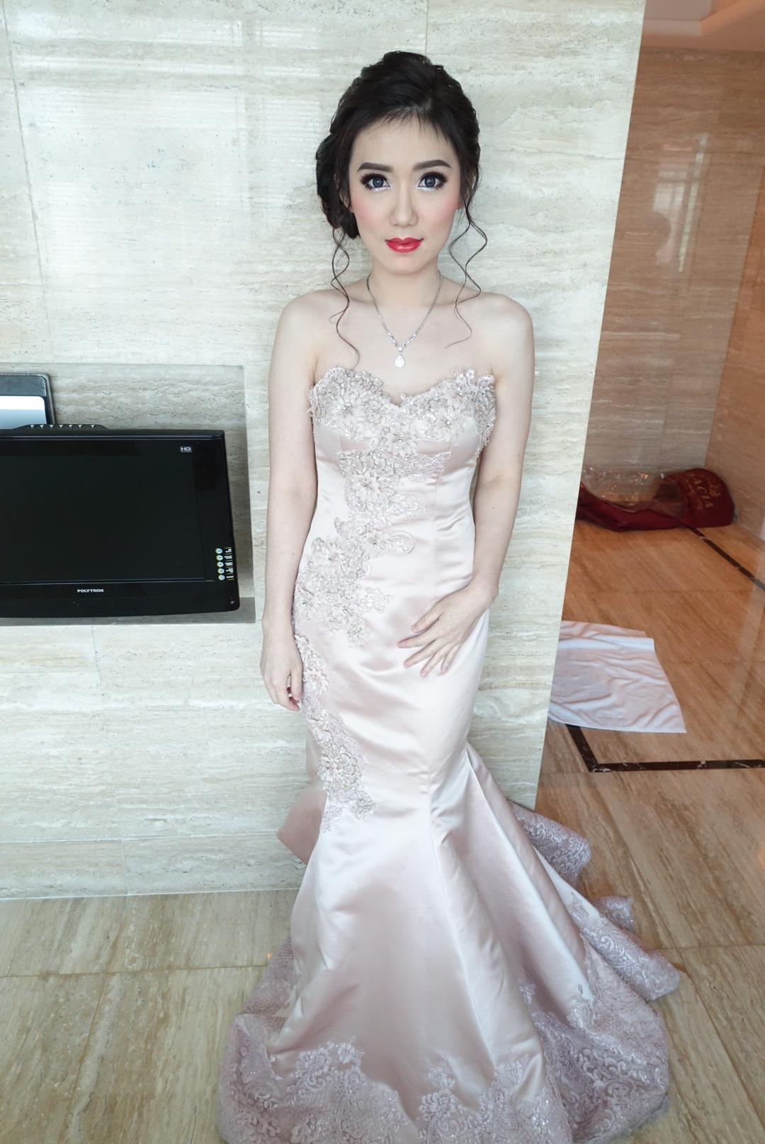 Diana Huang by Julee Topper Make-Up Artist .