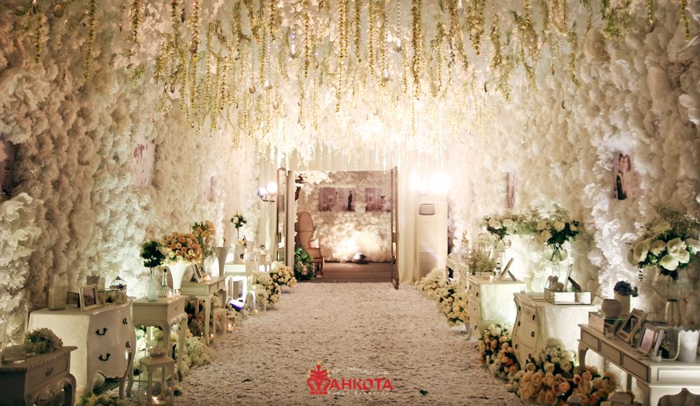Adrian ellen wedding by mahkota wedding organizer bridestory junglespirit Images