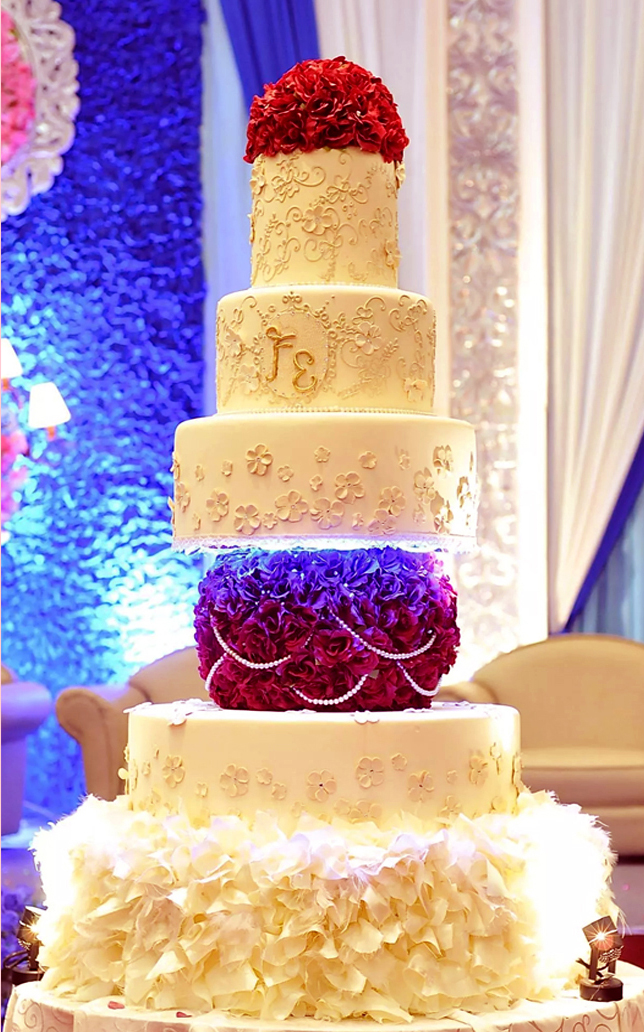 Dust Of Love by EIFFEL CAKE | Bridestory.com