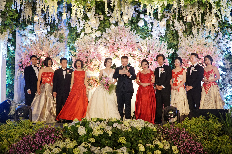 Wedding of wijaya defi by fairytale organizer bridestory junglespirit Images