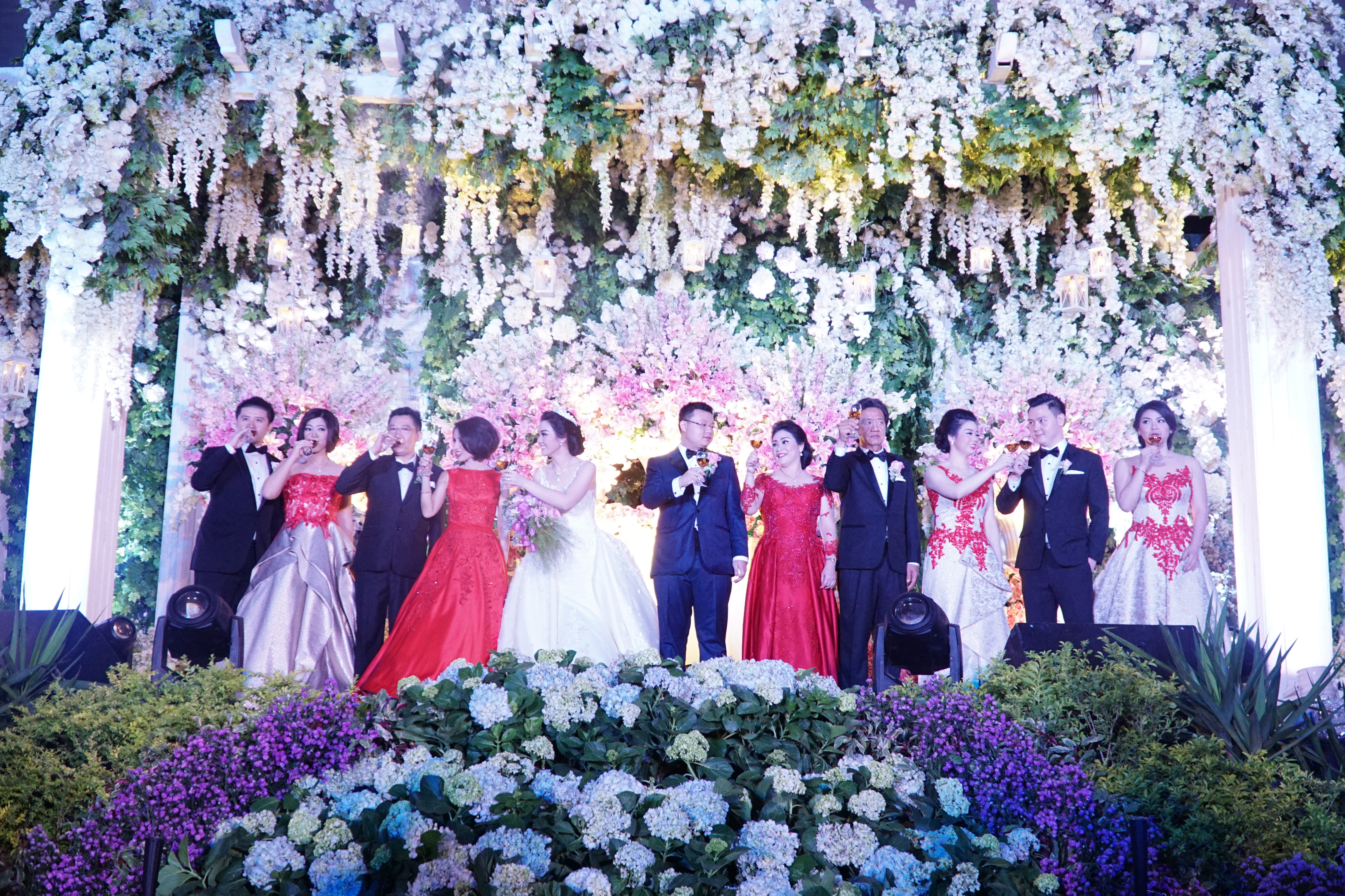 Wedding of wijaya defi by fairytale organizer bridestory junglespirit Images