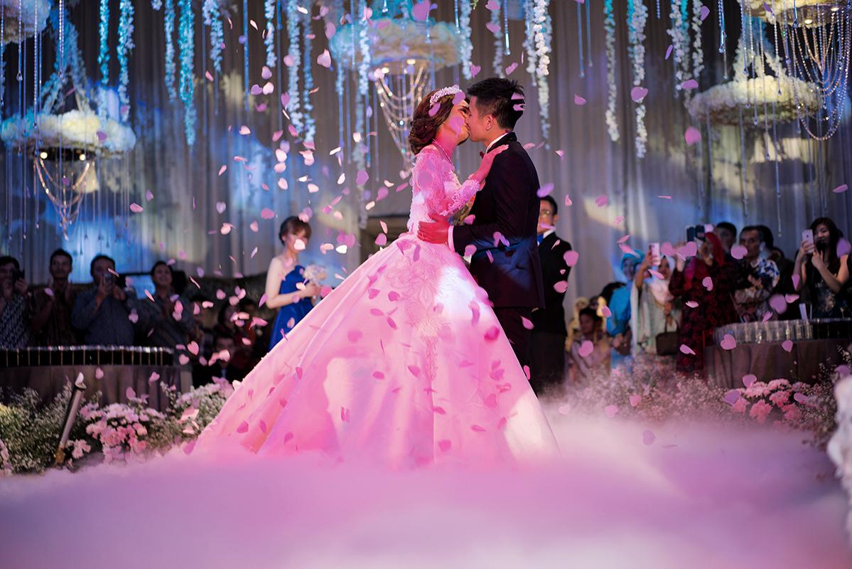 Wedding Of Dicky Elviera By Fairytale Organizer Houseofcuff Square Pink Light Tie