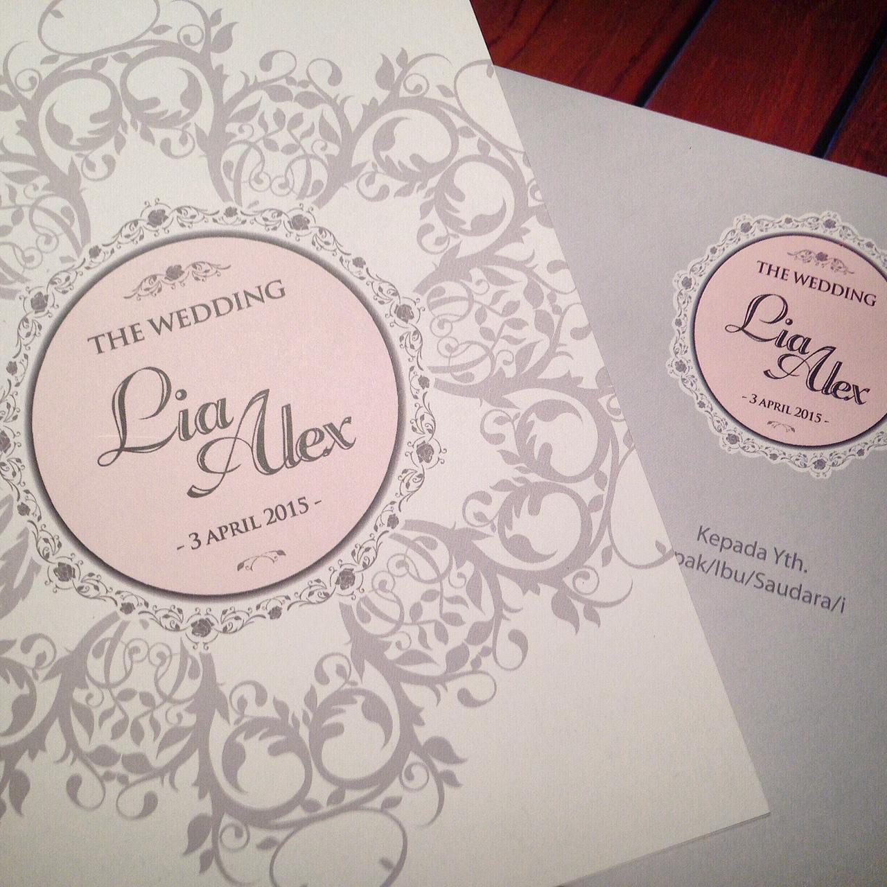 Ufahari studio design wedding invitations in jakarta ufahari studio design wedding invitations in jakarta bridestory stopboris Images