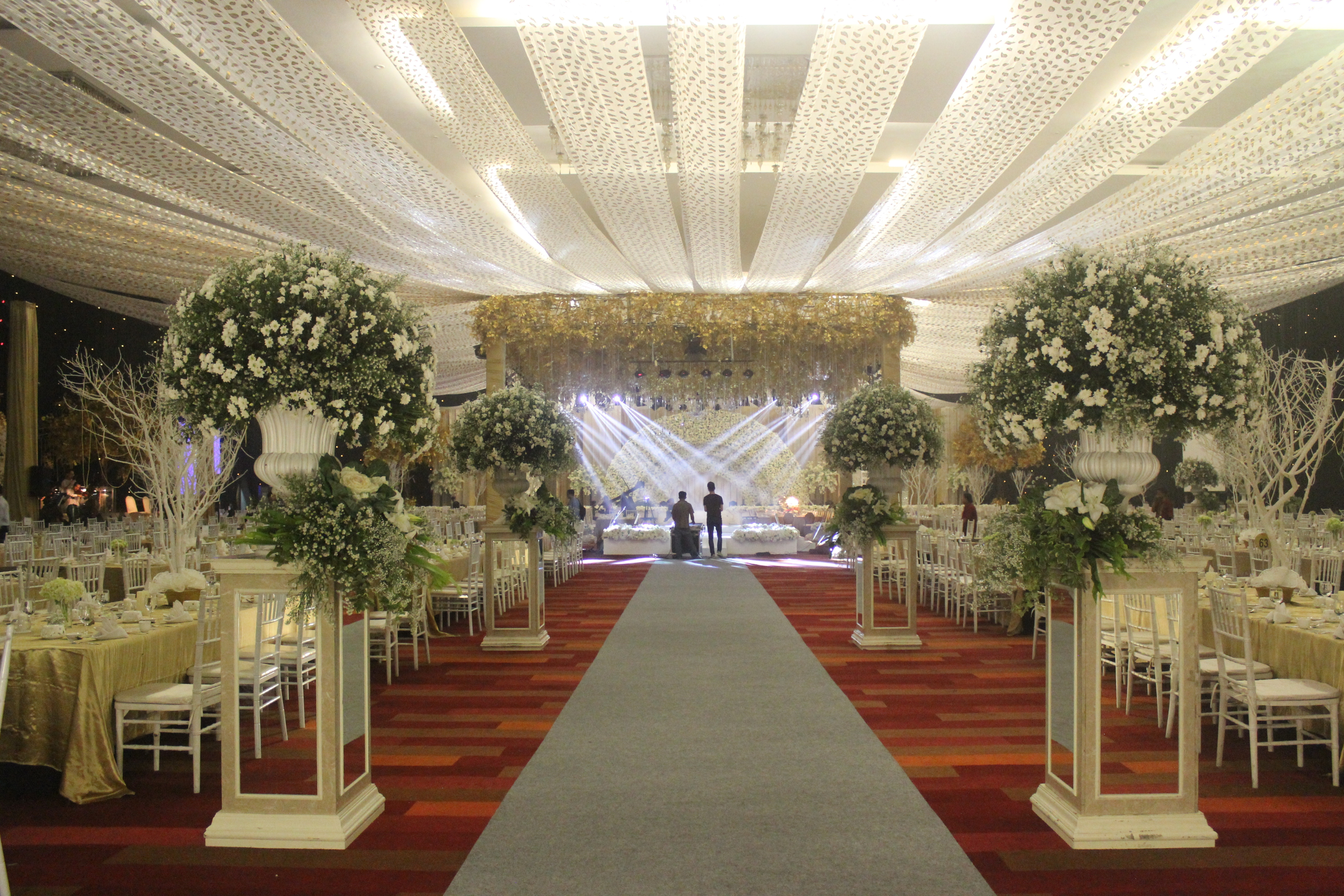 Wedding party 24 january 2016 by dyandra convention center surabaya wedding party 24 january 2016 by dyandra convention center surabaya bridestory junglespirit Image collections