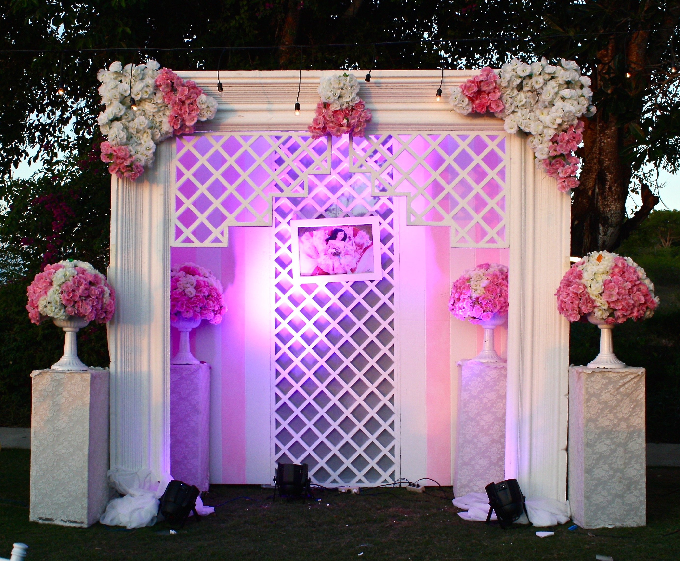 Cindy sweet 17th party by indodecor bridestory junglespirit Choice Image