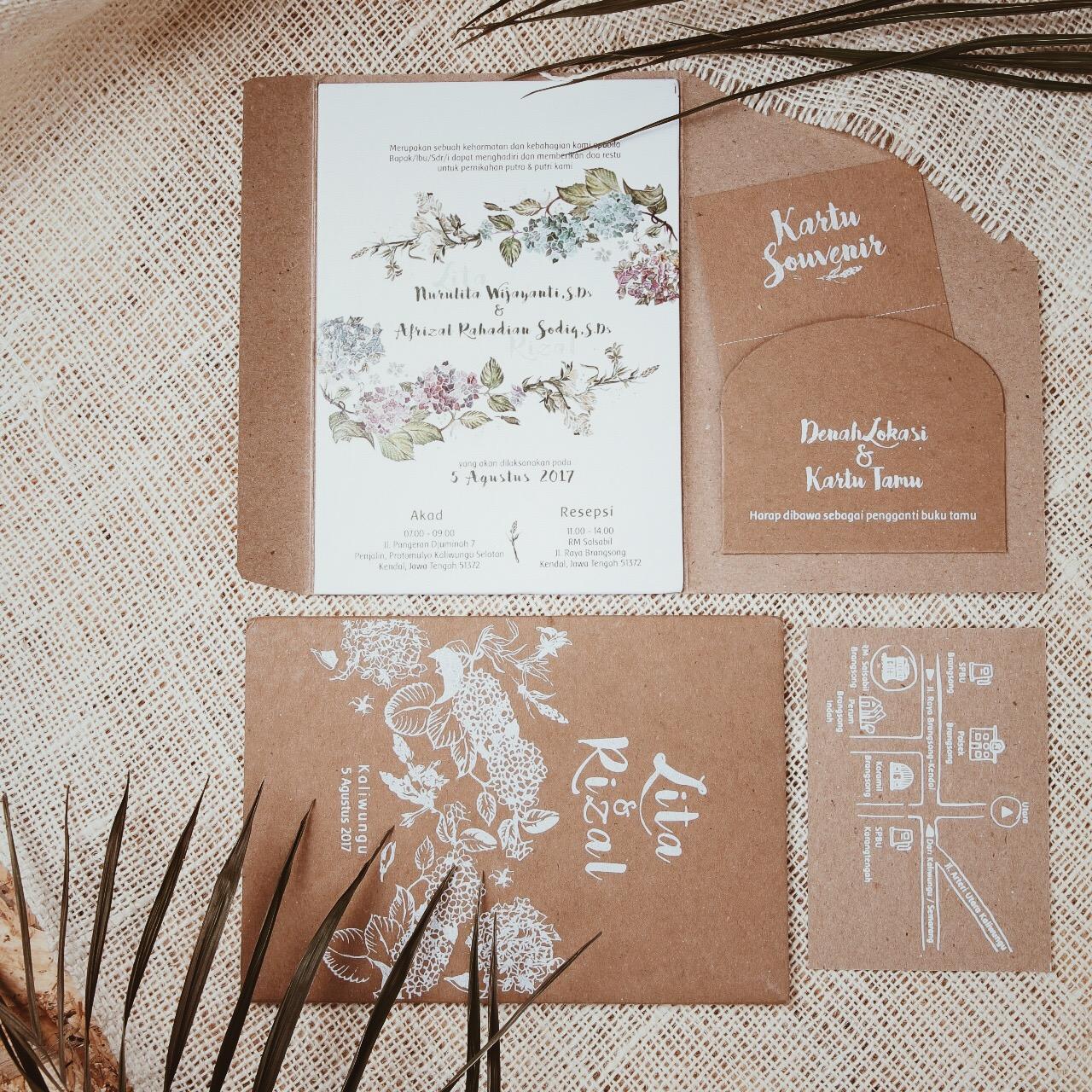 Foyya wedding invitations in jakarta bridestory stopboris Gallery