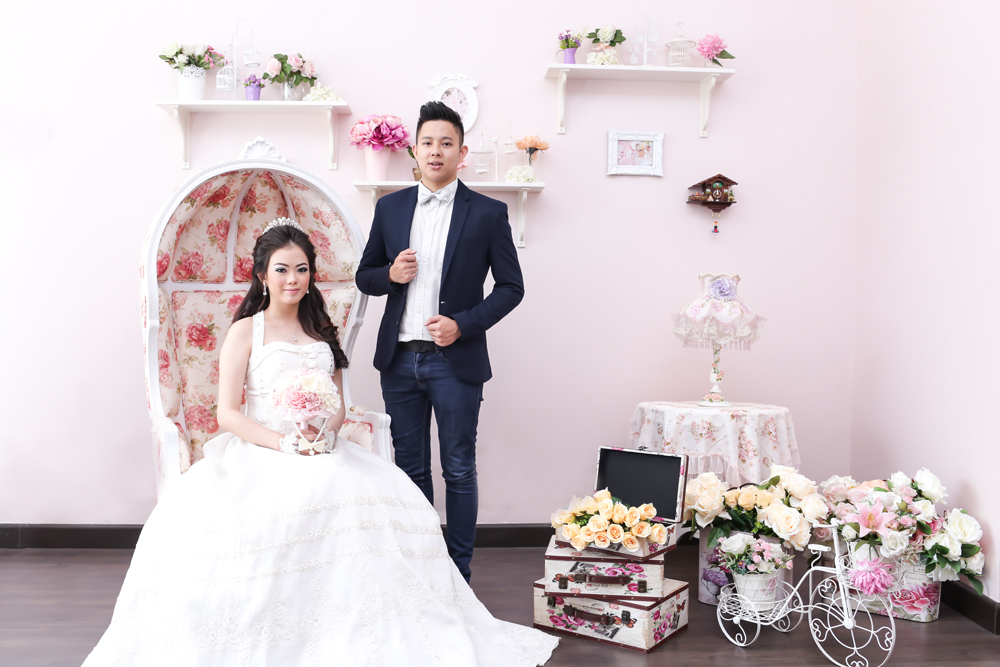 Foto prewedding casual indoor