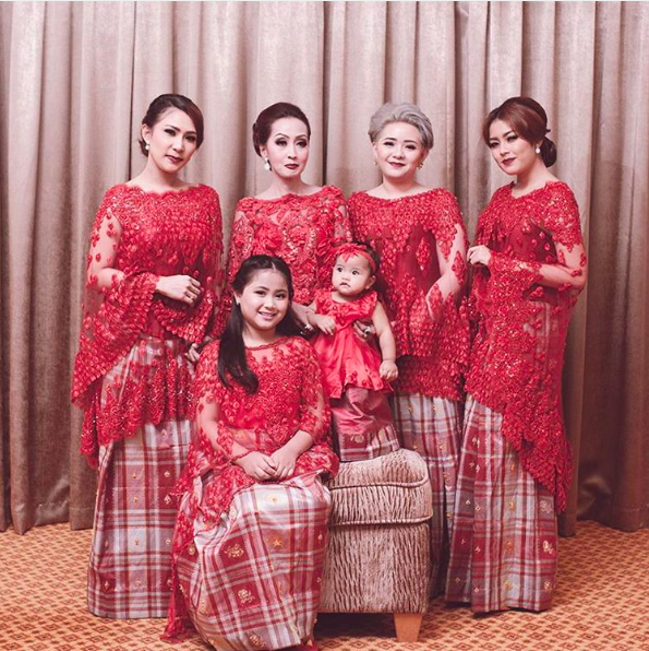 The Serene Baju Bodo By SVARNA By IKAT Indonesia Didiet