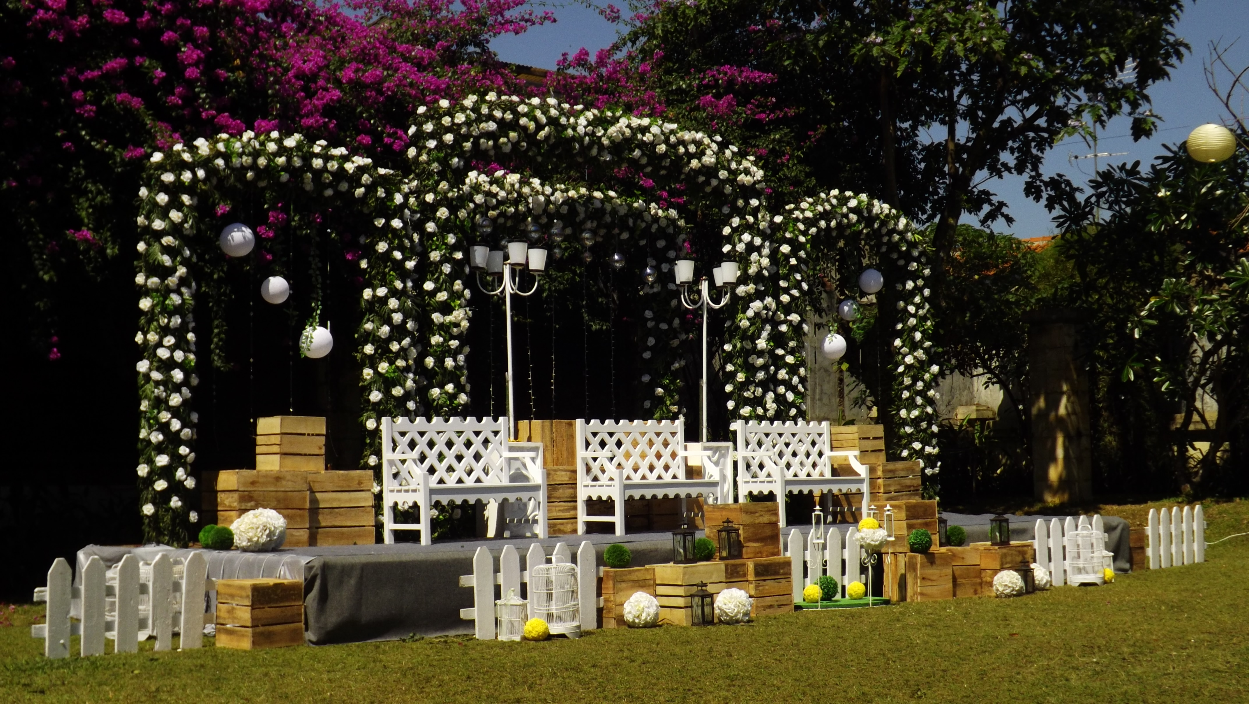 Towers garden wedding decoration by sheraton bandung hotel towers towers garden wedding decoration by sheraton bandung hotel towers bridestory junglespirit Images