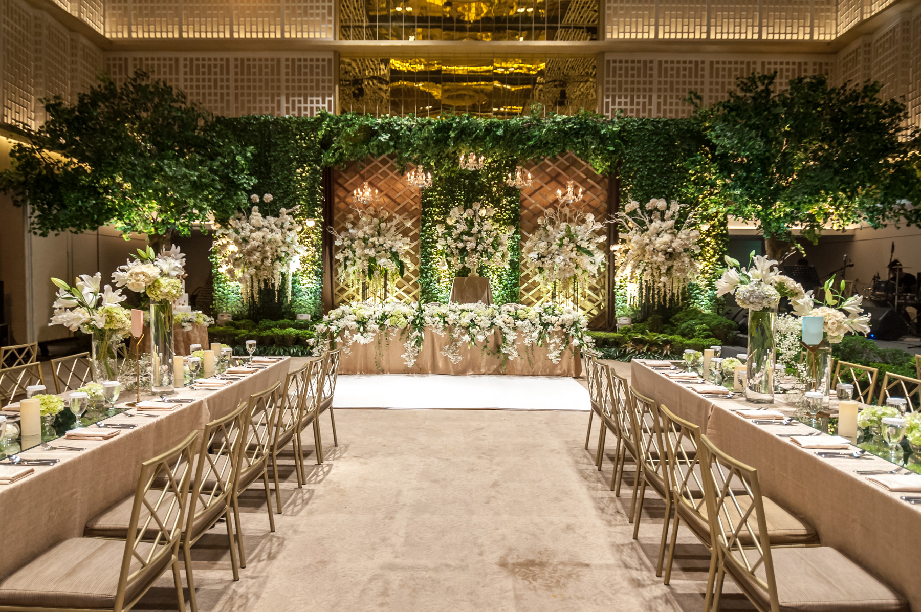 Greenery garden by steves decor bridestory junglespirit Image collections