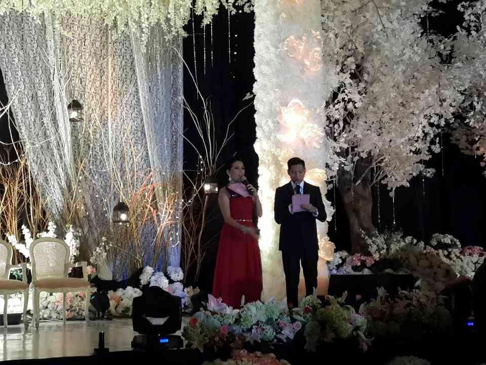The royal wedding in cirebon by fernando edo bridestory junglespirit Images