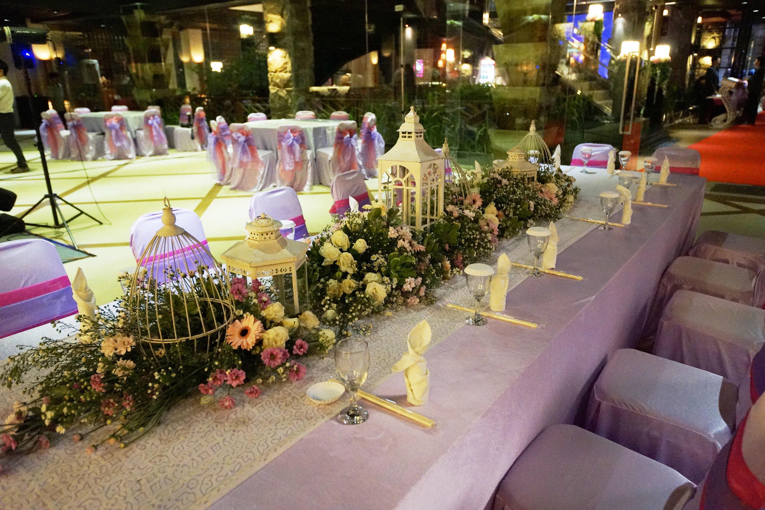 Palacio wedding chapel wedding venue in surabaya bridestory junglespirit Image collections