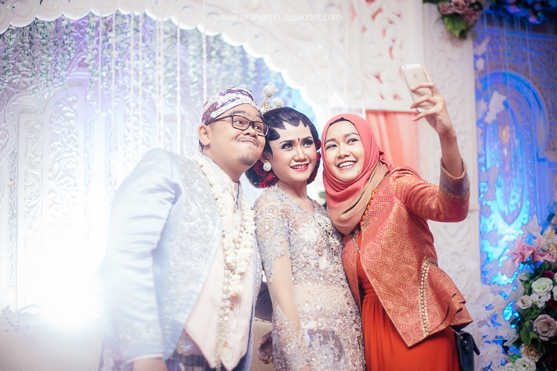 Wedding of irma danu orange photoworks bridestory