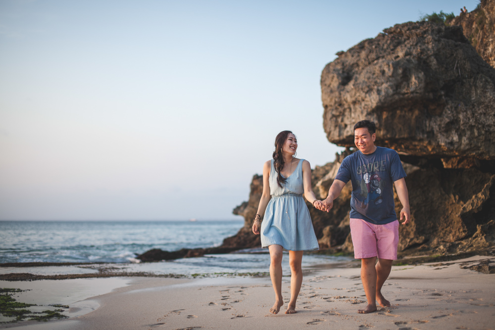 4 Keys to Have Casually Awesome Pre-Wedding Photos Image 1