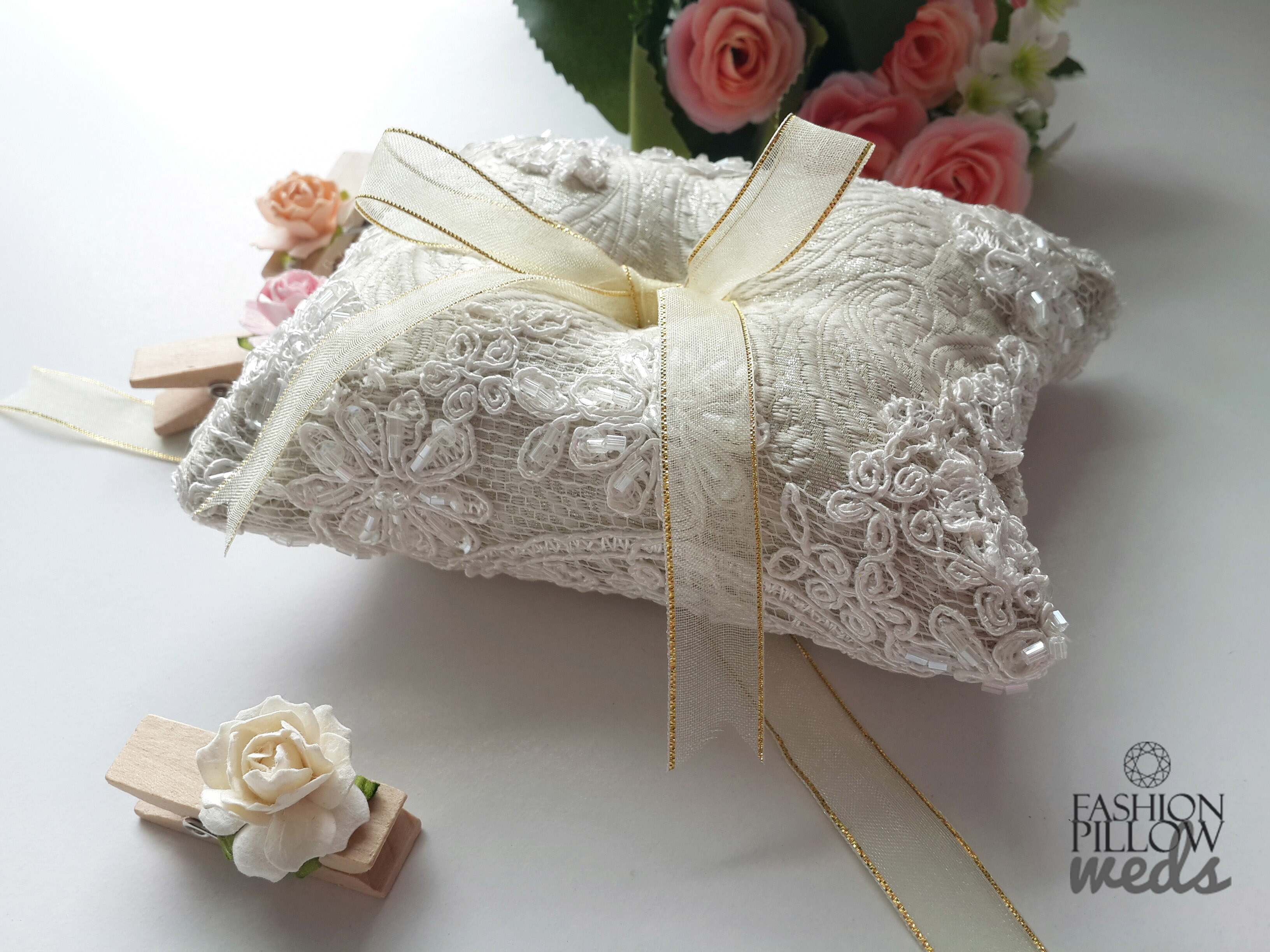 roses holder cushions pillow index ios wedding engagement ring cushion