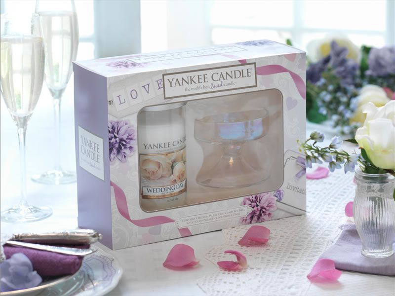wedding souvenirs by yankee candle bridestorycom