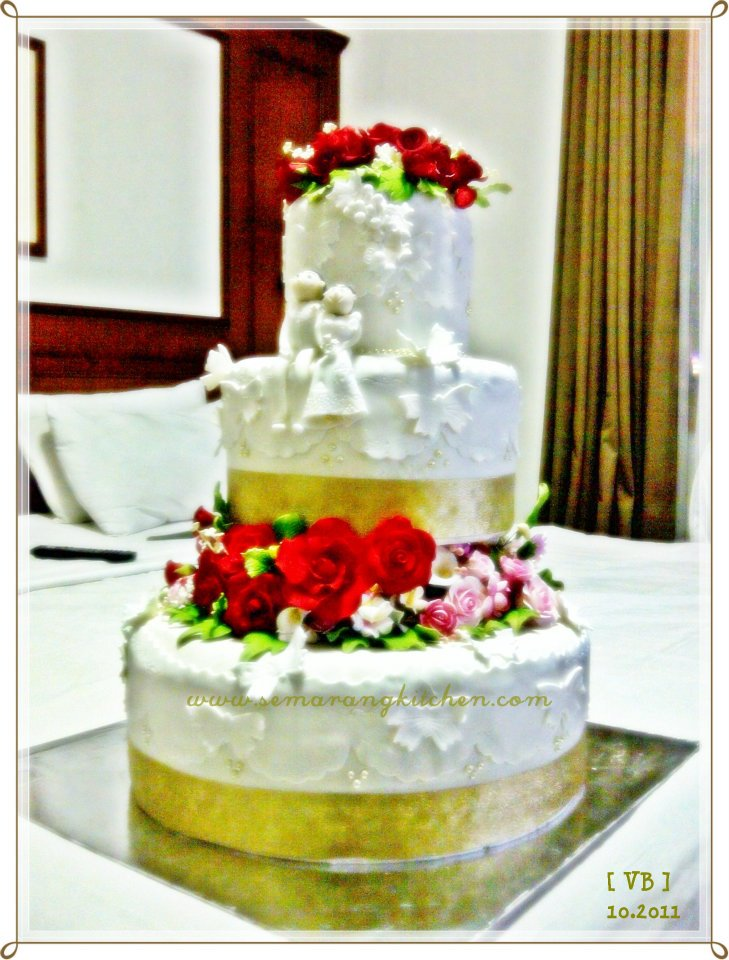 Wedding Cakes By Velvet Cake Bridestory Com