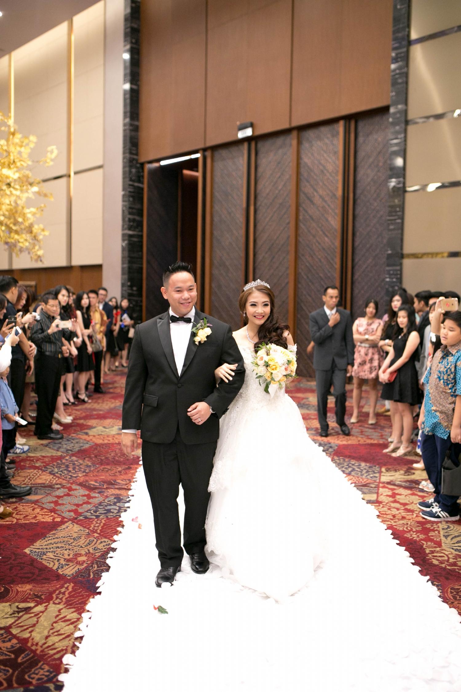 Wedding Of Peter And Linda By Pizzaro Sensation Design Houseofcuff Collar Bar Lapel Pin Bros Jas Best Man Bow Tie Grey
