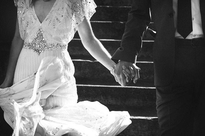 8 Simple Wedding Dress Ideas for the Minimalist Bride Image 2