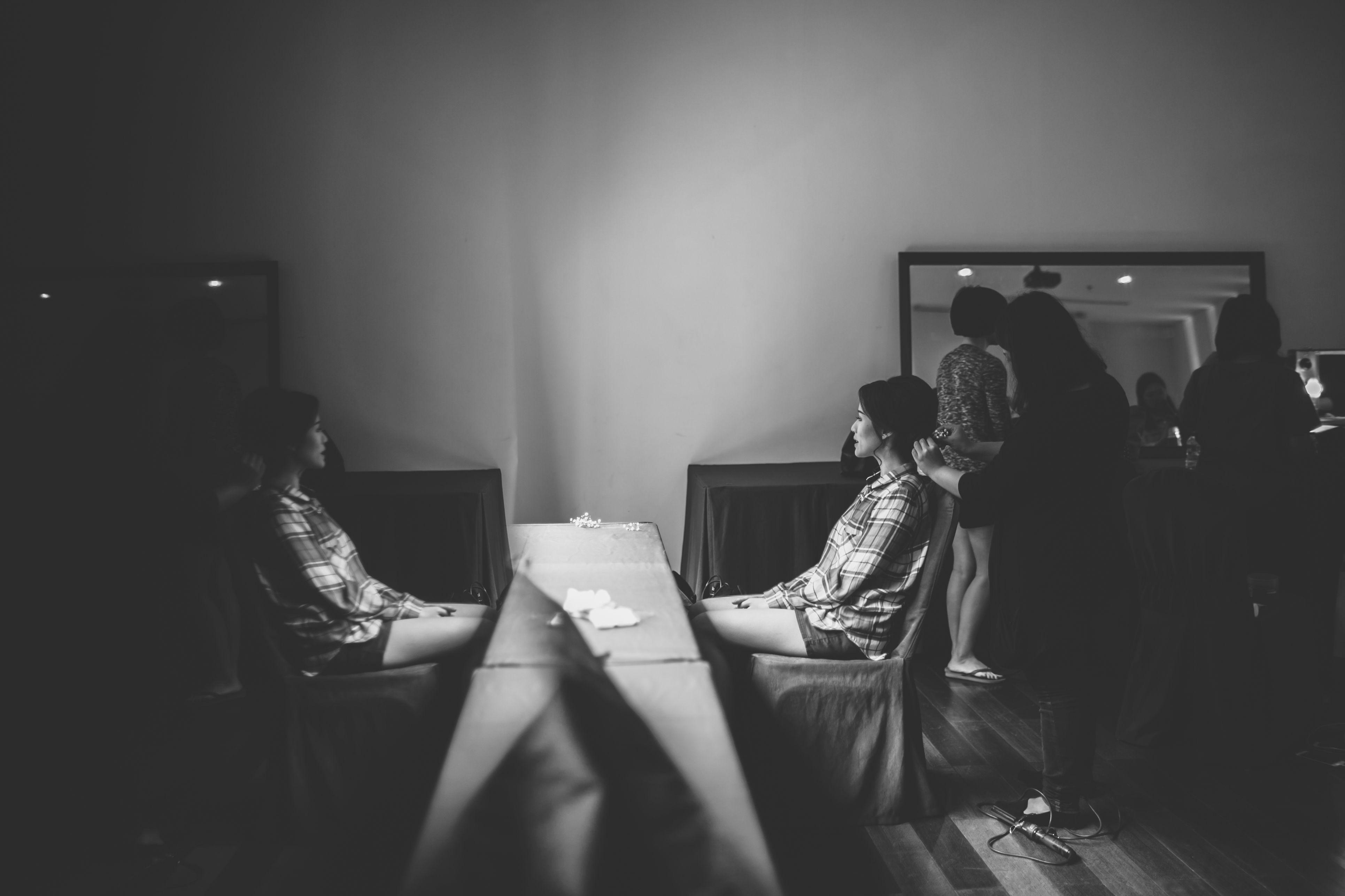 Checklist Foto Pernikahan: Momen Mempelai Wanita yang Wajib Dikenang Image 1
