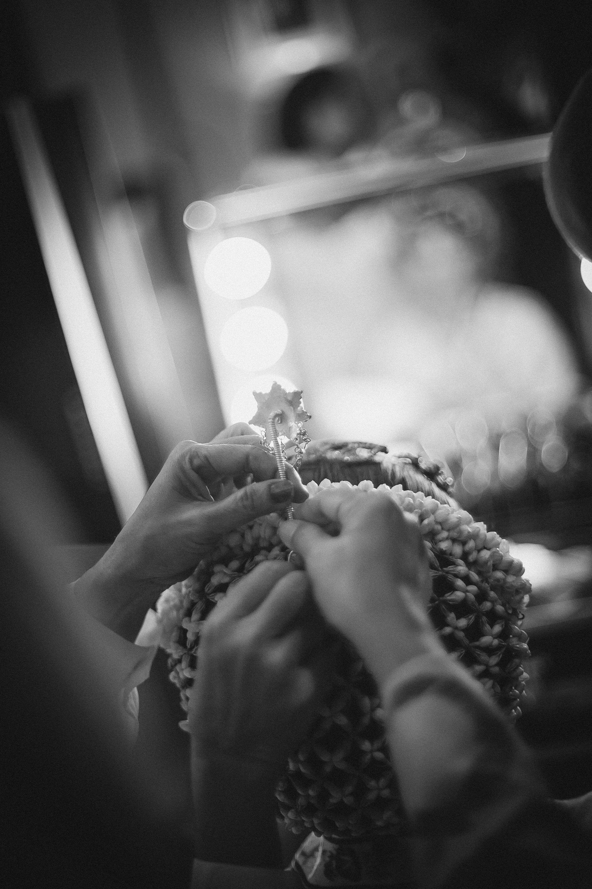 Checklist Foto Pernikahan: Momen Mempelai Wanita yang Wajib Dikenang Image 2