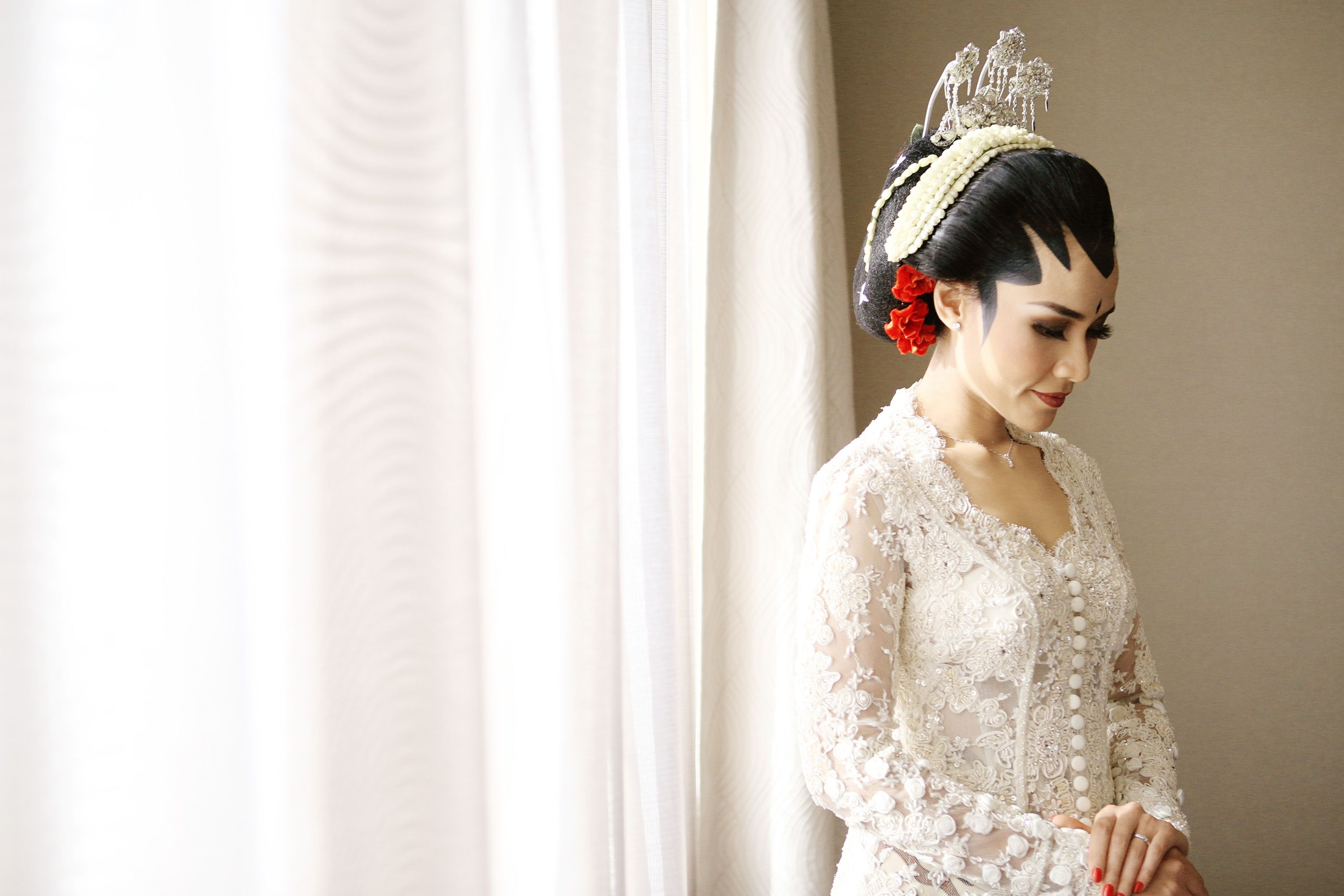Wedding Shot List: Bride Moments to Remember Image 12