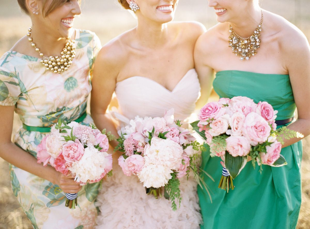 12 Unconventional Ways to Style Your Bridesmaids Image 8