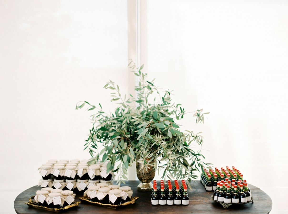 Creative Wedding Favor Ideas That Your Guests Will Enjoy Image 1