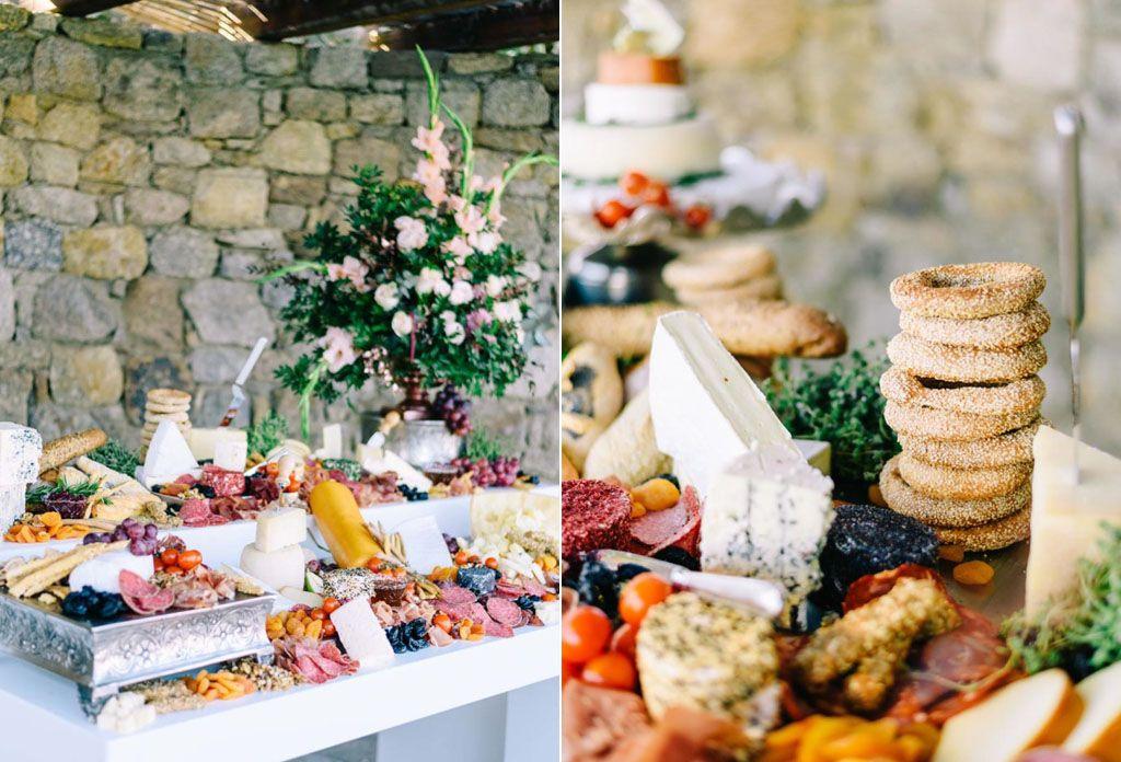 Wedding Shot List: Scrumptious Food and Delightful Drinks Image 8