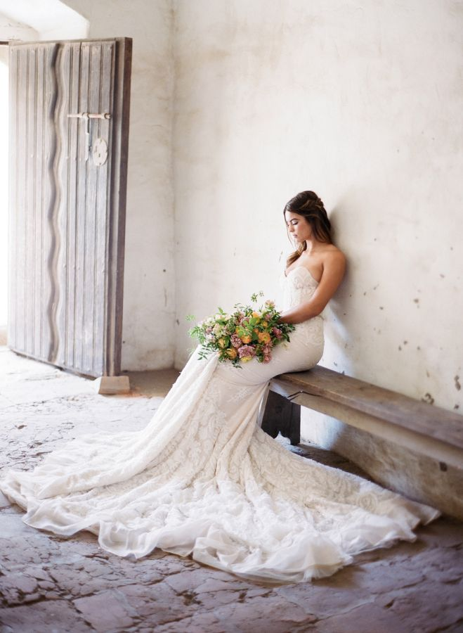 Wedding Shot List: Bride Moments to Remember Image 20
