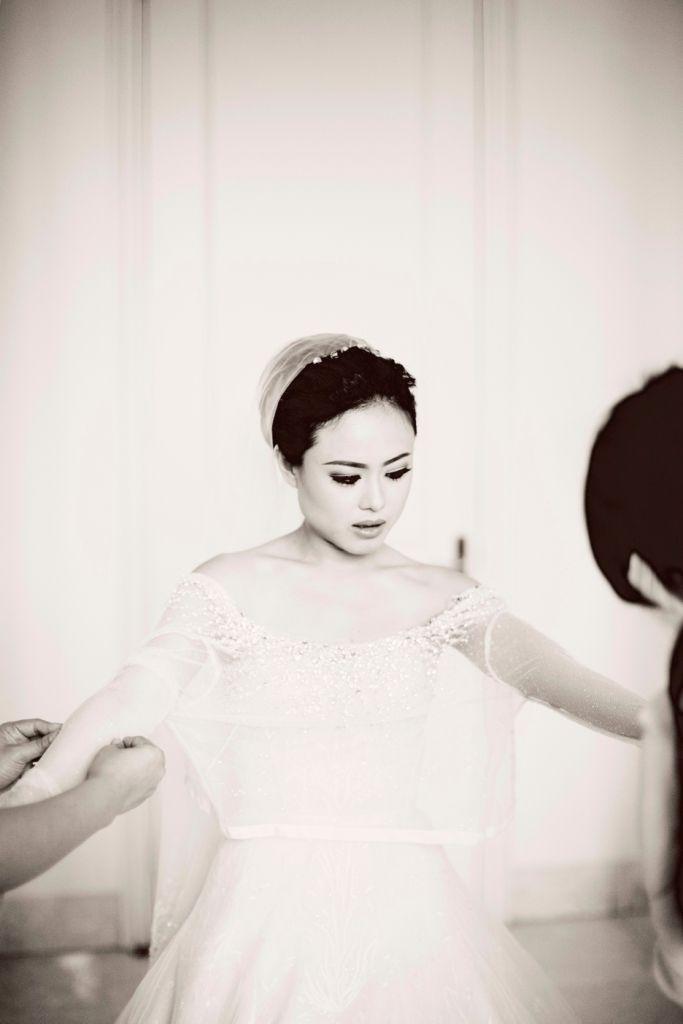 Checklist Foto Pernikahan: Momen Mempelai Wanita yang Wajib Dikenang Image 10
