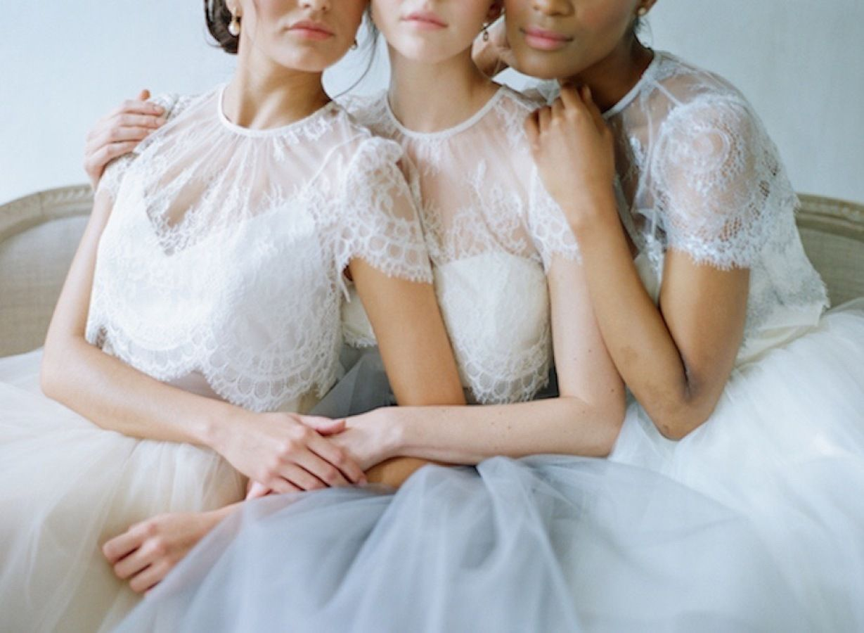 12 Unconventional Ways to Style Your Bridesmaids Image 10