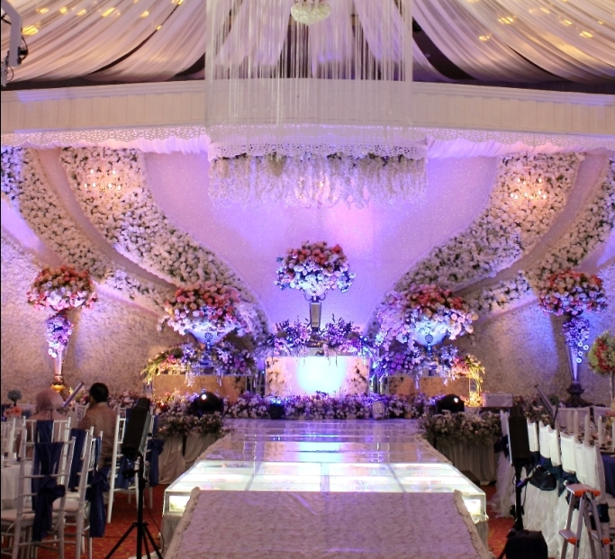 Directory of wedding decoration lighting vendors in surabaya directory of wedding decoration lighting vendors in surabaya bridestory junglespirit Gallery