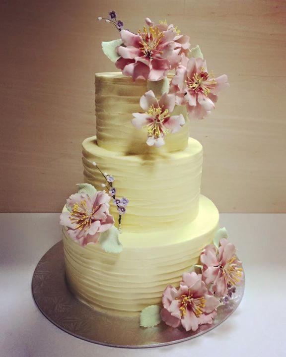 The Delights Heaven | Wedding Wedding Cake in Singapore | Bridestory.com