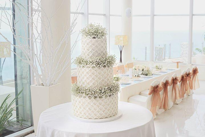 Wedding Cake 101: An Introduction to Wedding Cakes Image 4