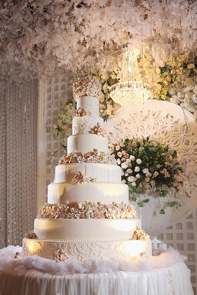 7 layer wedding cake wedding cake 101 an introduction to wedding cakes 10502