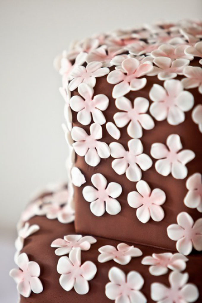 Wedding Cake 101: An Introduction to Wedding Cakes Image 8