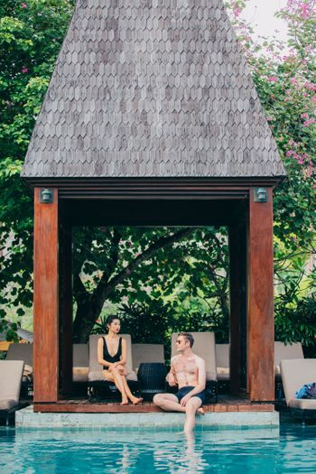 two-stunning-pre-wedding-shoots-by-androidsinboots-x-bridestory-1
