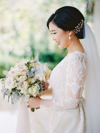 a-dreamy-marble-themed-wedding-with-muted-colors-in-bali-1