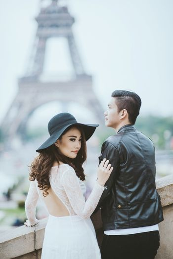 a-captivating-pre-wedding-album-set-in-france-and-italy-1