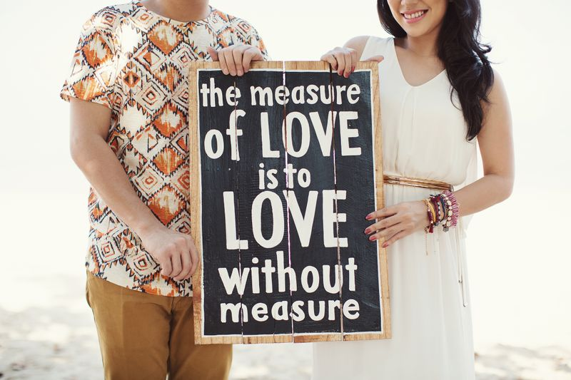 one-couples-fun-and-playful-engagement-session-in-bali-1