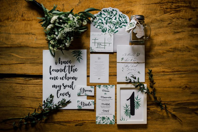 an-all-green-wedding-styled-shoot-with-gold-accents-1