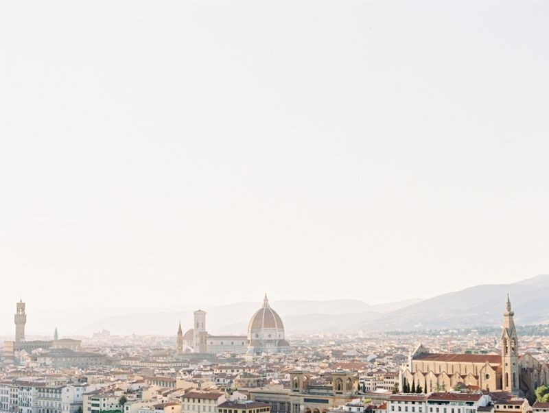 a-romantic-engagement-session-in-italy-shot-on-film-1