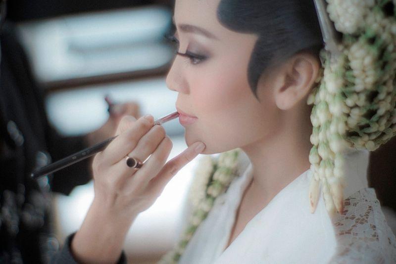 a-dreamy-javanese-and-minang-wedding-with-pastel-shades-1