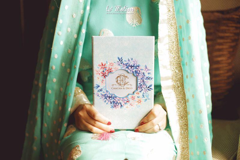 pernikahan-elegan-tradisional-chacha-frederica-dan-dico-ganinduto-1
