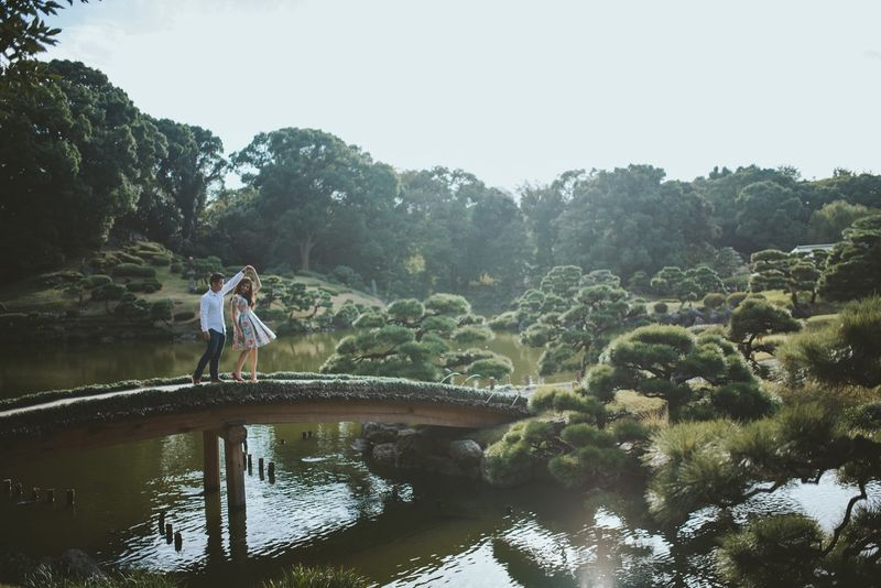 an-amorous-engagement-album-in-colorful-japan-1
